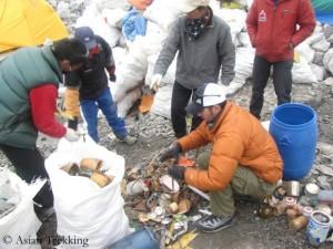 Müllsammeln am Everest