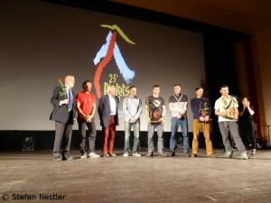Die Gewinner: Bonington, Cesen, (Doug Scott), Prezelj, Lindic, Lonchinsky, Caldwell, Gukov (v.l.)