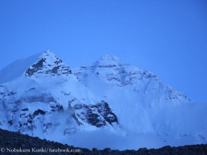 Verschneite Everest- Nordwand