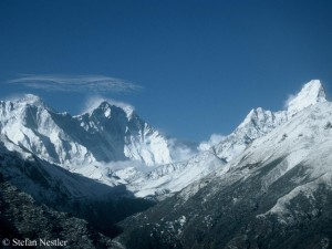 Mount Everest und Lhotse (Bildmitte)
