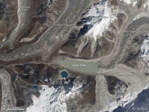 Der Imja Tsho, ein Gletschersee im Everest-Gebiet