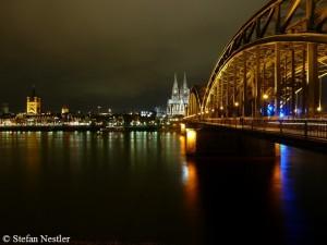 Am Kölner Dom geht es los ...
