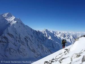 Tomek Mackiewicz im Aufstieg
