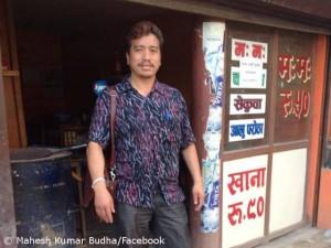 Mahesh vor seinem Büro in Thamel