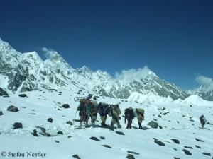 Träger im Karakorum