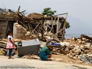 Zerstörtes Haus im Distrikt Sindhupalchowk