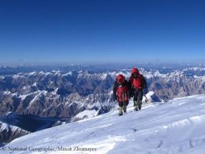 Maxut und Vassiliy auf den letzten Metern zum Gipfel des K 2