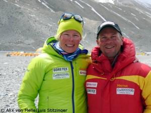 """Alix von Melle und Luis Stitzinger im """"Chinese Base Camp"""" auf der Everest-Nordseite"""