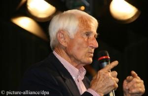 Walter Bonatti bei einem Vortrag