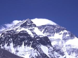 Schneefahne vom Gipfel des Mount Everst
