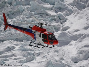 Rescue helicopter over the Khumbu Icefall