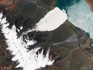 After the huge ice avalanche