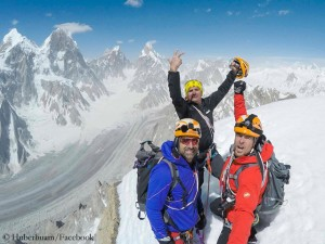 Alex, Mario and Dani (l. to r.) at the summit of Panmah Kangri