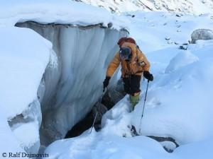 Darek passing a crevasse