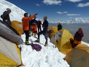 Expedition leader: not an easy task
