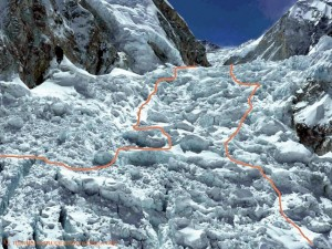 New route through the Khumbu Icefall (on the right.) and that of 2014 (left)