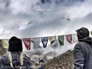 First view on Makalu (© Adrian Ballinger/Facebook)