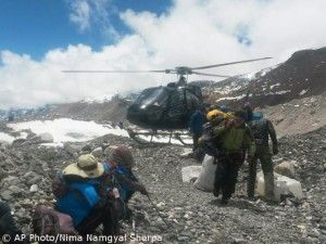 Rescue on Everest
