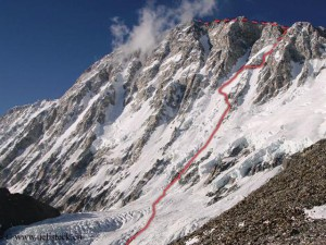 Ueli's route through Shishapangma South Face that he climbed in 2011