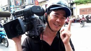 Mau with camera