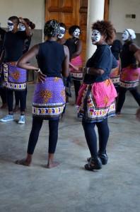 Maua dancers
