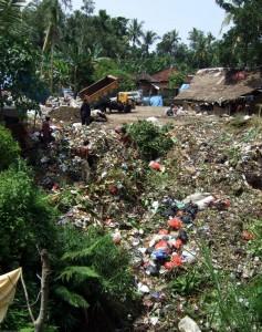 A trash dump in Bali (Photo: DW)