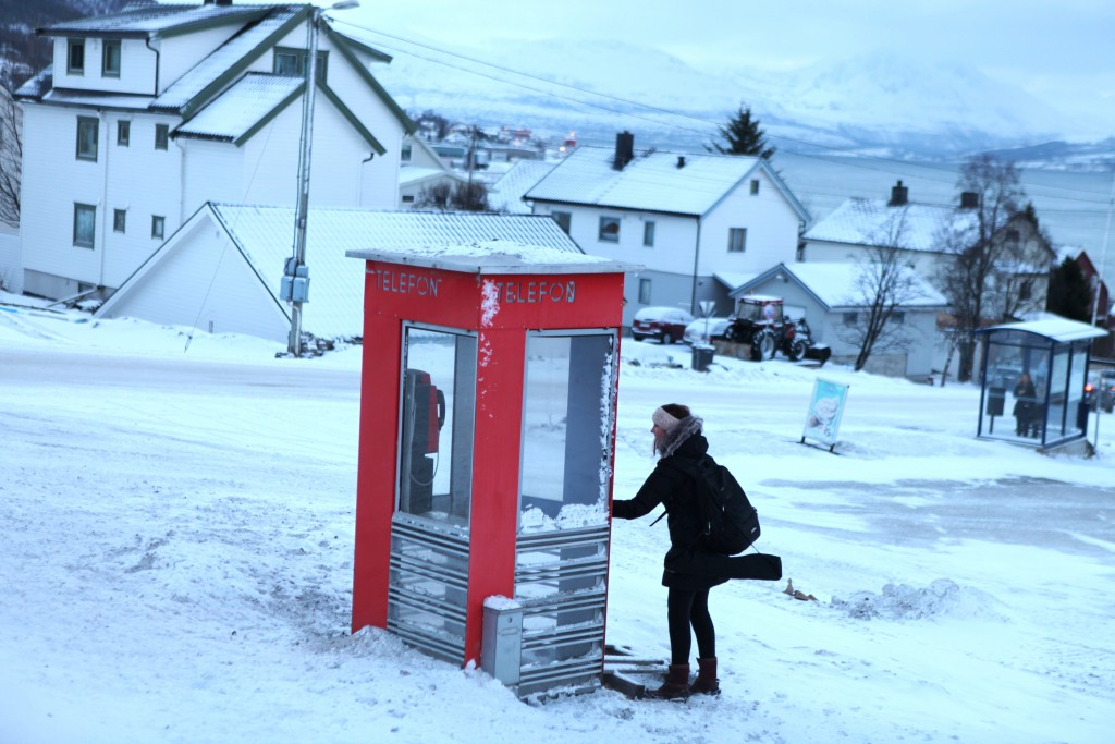 Arctic phone box - a chilly wind DOWN from the pole! (pic: I.Quaile)