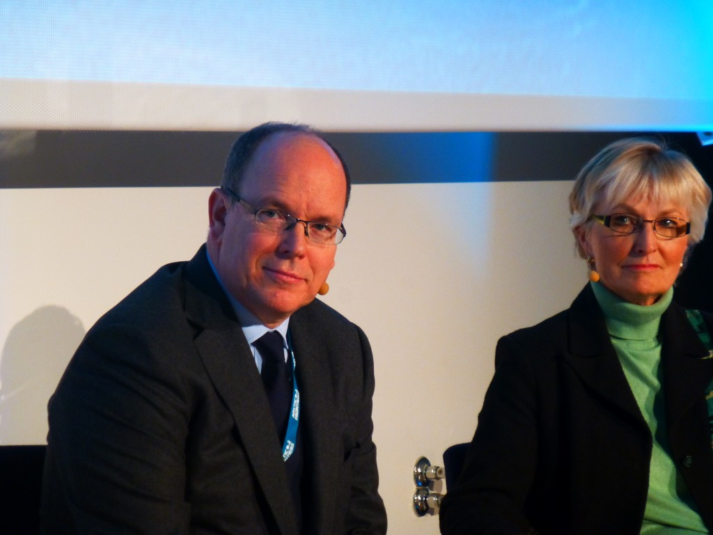 Arctic fan Prince Albert of Monaco and US special rep Fran Ulmer debated the feasibility of Arctic oil