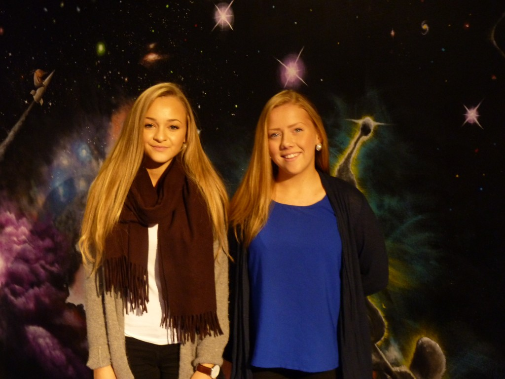"Young science ""stars"" amongst the planetarium stars"