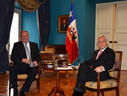 Erik Bettermann with Chile's President, Sebastian Pinera.