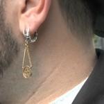 Der Ohrring eines Wandergesellen