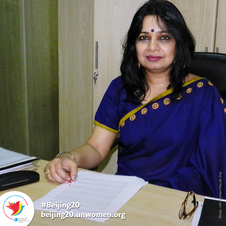 Going against the norm, Aasha Mehreen Amin has risen in the field of media in Bangladesh, essentially dominated by men, to become an influential opinion-maker as the editor of 'The Star', the most read weekly magazine for 18 years. (© UN Women)