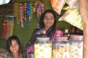 Minara Begum, who fled Myanamar and now lives in a camp in New Delhi @ DW/Murali Krishnan