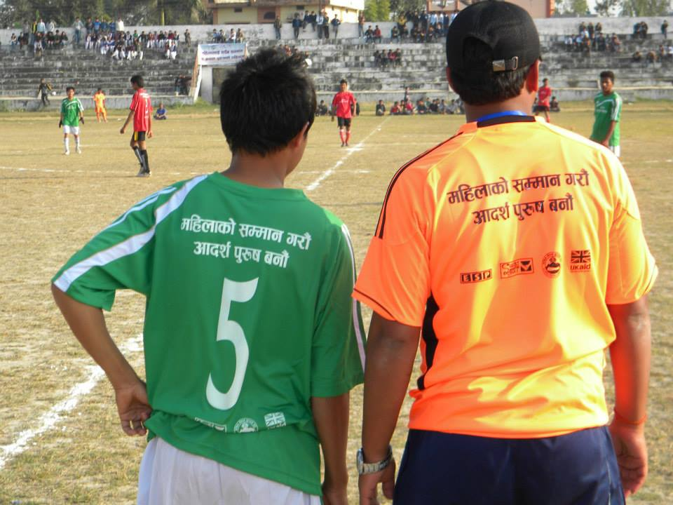 To show their solidarity with the cause, footballers donned t-shirts printed with the message, 'respect women, be a real man'. (Courtesy: Saathi)