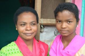 Shanta and Cecilia - both marathon runners © DW/Murali Krishnan