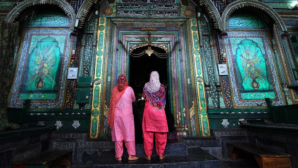 Muslim women in India © Reuters/P.Rossignol